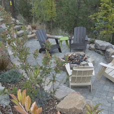 Traditional Landscape by Escapes - Landscape Architecture + Construction