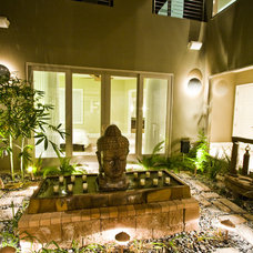 Asian Patio by DIVA INTERIOR CONCEPTS