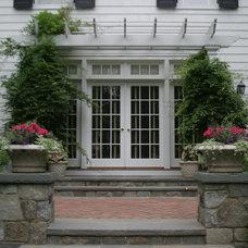 Traditional Patio by Rock Spring Design Group LLC (David Verespy, ASLA)