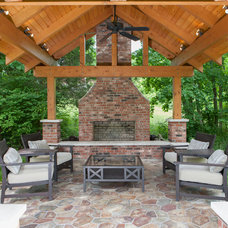 Traditional Patio by Jonathan Stanton, Inc
