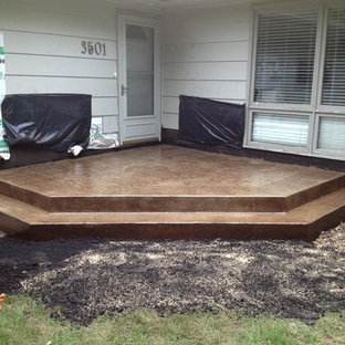 Example Of A Mid Sized Minimalist Concrete Patio Design In Minneapolis