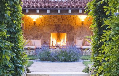 8 Ways to Design an Alluring Backyard