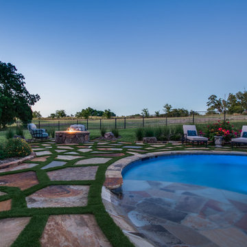 Stone Oasis - Luxury Swimming Pool and Fire Pit Patio - Dallas, TX