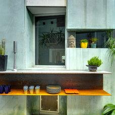 Contemporary Patio by The Architecture Studio,inc