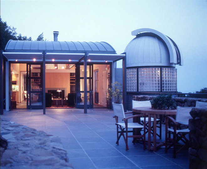 Modern Patio by STUDIOS Architecture
