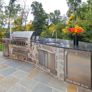 Stylish Outdoor Living in Oakton, Virginia