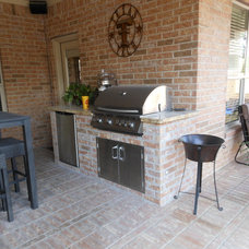 Traditional Patio by Pierce Pools & Outdoor Visions