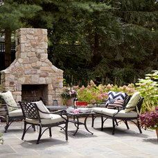 Traditional Patio by Jules Duffy Designs
