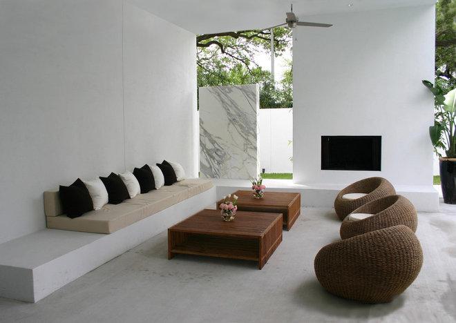 Modern Patio by Allen Bianchi