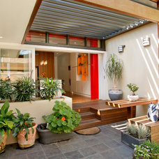 Contemporary Patio by Danny Broe Architect