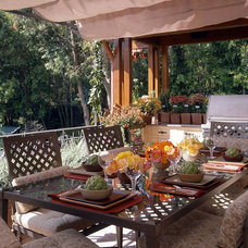 Traditional Patio by Susan Cohen Associates, Inc.