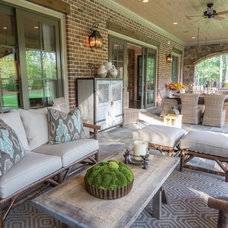 Traditional Patio by Schilling & Company