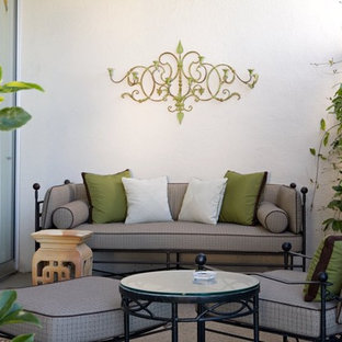 Small transitional patio photo in Los Angeles