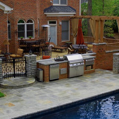 traditional pool by Charles Hodges Ltd. Gardens