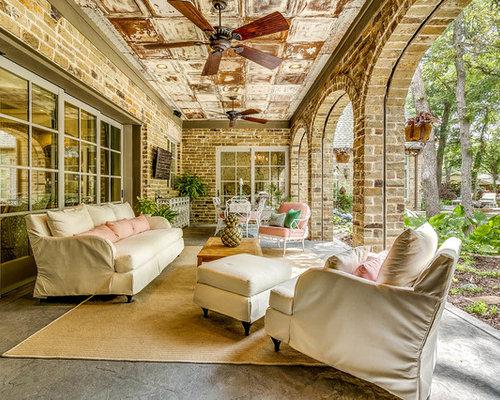 Foto e idee per patii e portici ampio patio o portico for Idee patio per case in stile ranch