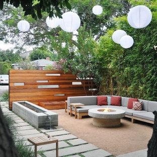 Idee per un patio o portico contemporaneo con nessuna copertura