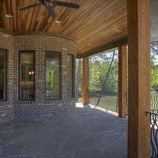 Patio by Grainda Builders, Inc.