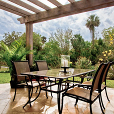 Traditional Patio by Hobus Homes