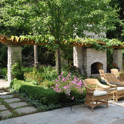 Traditional Patio by Milieu Landscaping