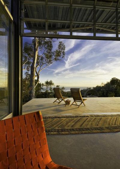 Contemporary Patio by Arcadia Studio
