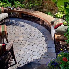 Traditional Patio by Go Pavers