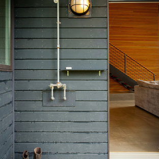 Outdoor patio shower - contemporary side yard outdoor patio shower idea in Burlington with decking and a roof extension