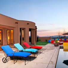 Southwestern Patio by Dove Mountain Homes