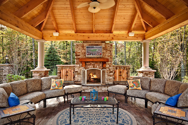 Traditional Patio by Todd Michael Builder Developer, Inc