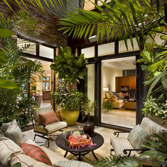 contemporary patio by Tomaro Design Group