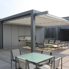 Modern Patio by Retractableawnings.com Inc.