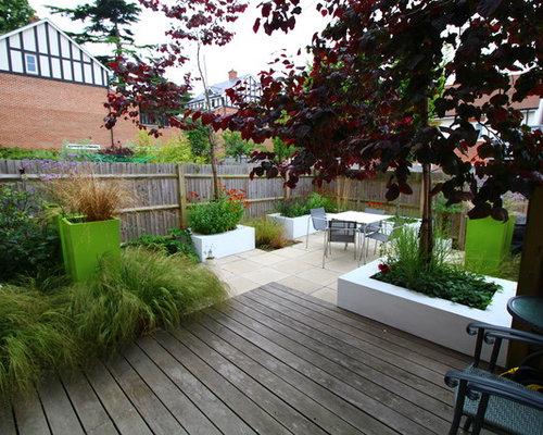 Fotos de patios dise os de patios modernos con jard n de - Patios con macetas ...