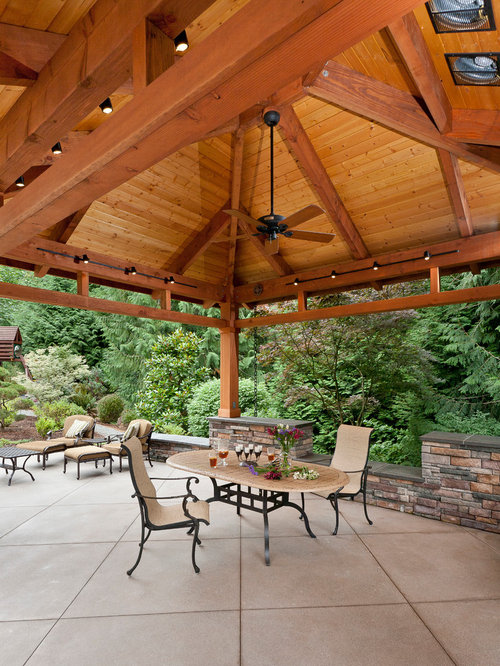 Detached Covered Patio
