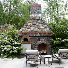 Traditional Patio by Conte & Conte, LLC