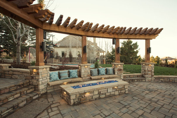 Traditional Patio by Dream Makers Landscape