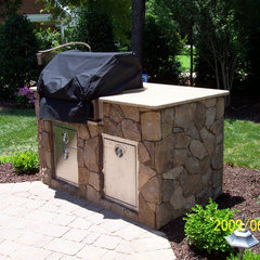 traditional patio by Grainda Builders, Inc.