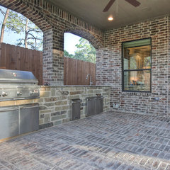 traditional patio by Silvan Homes