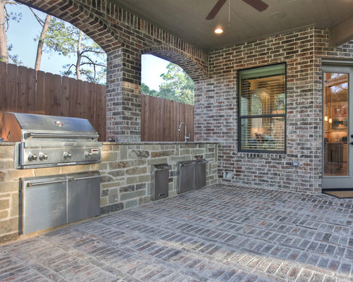 Outdoor kitchens patios home design ideas pictures for Outdoor kitchen brick design