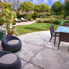 Transitional Patio by Kathryn Waltzer