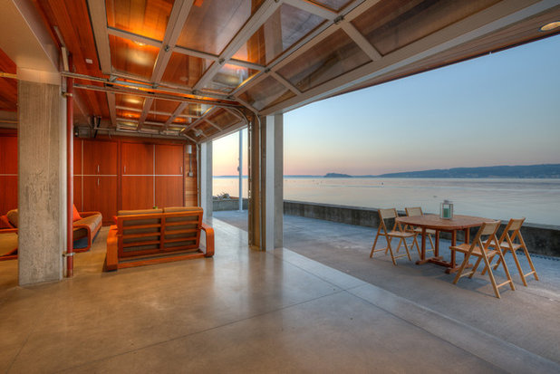 Contemporary Patio by Dan Nelson, Designs Northwest Architects