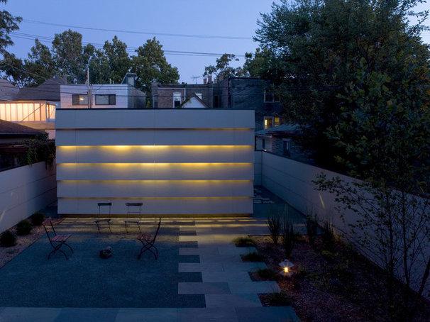 Contemporary Patio by Wheeler Kearns Architects
