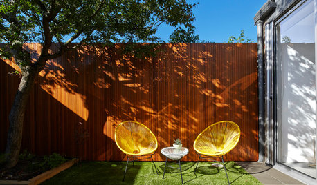 Small and Stylish Patios for Lovebirds