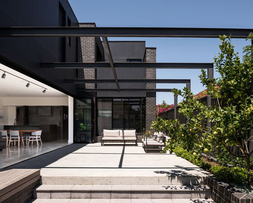 Design Ideas For A Contemporary Side Yard Patio In Perth With Concrete Slab And Pergola