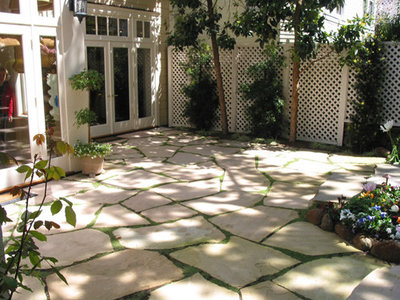 Traditional Patio by Kate Michels Landscape Design