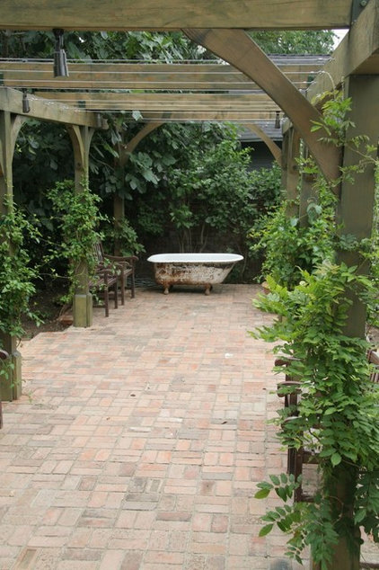 Traditional Patio by ecocentrix landscape architecture