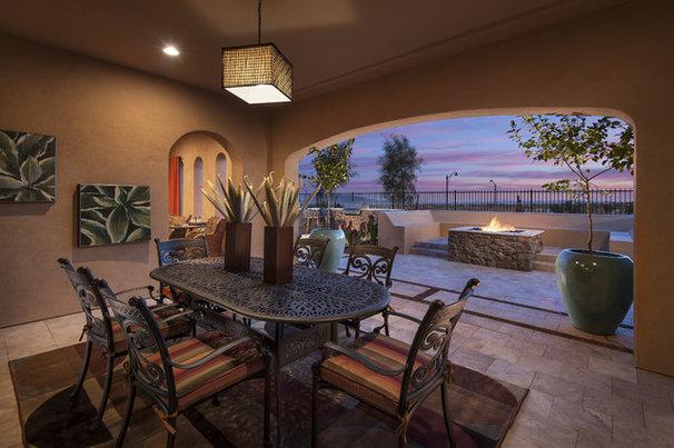 Southwestern Patio by Maracay Homes Design Studio