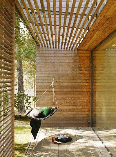 Contemporary Uteplats by Johan Sundberg Arkitektur