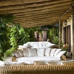 traditional patio by Fabrizia Frezza Architecture & Interiors