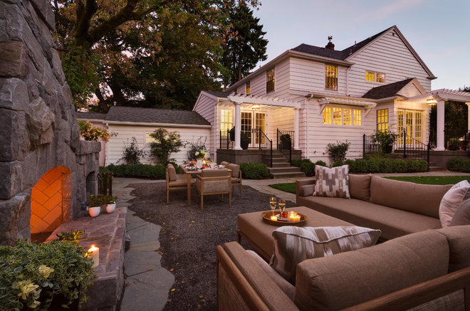 Traditional Patio by Shapiro Didway