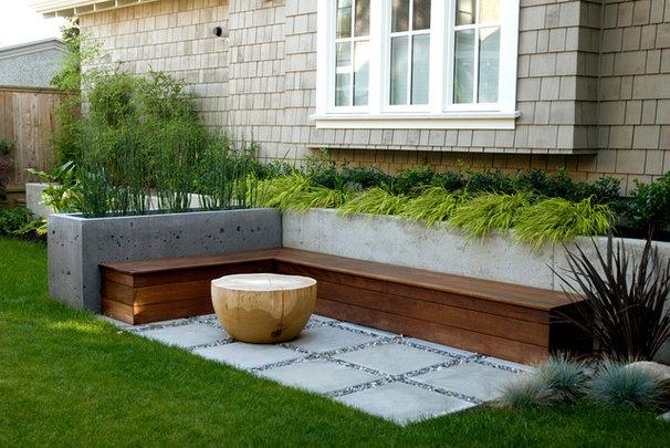 Contemporary Patio by Aloe Designs