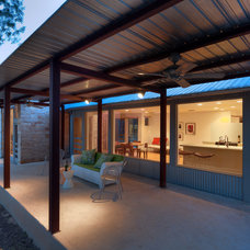 Contemporary Patio by Nick Deaver Architect